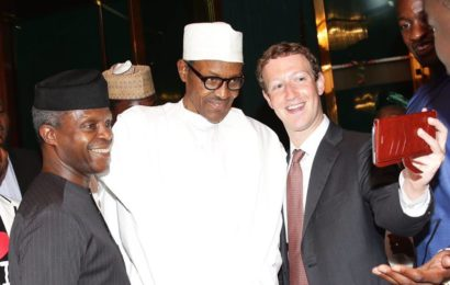 Facebook Founder Takes 'Selfie' with Nigeria's President Buhari at Aso-rock