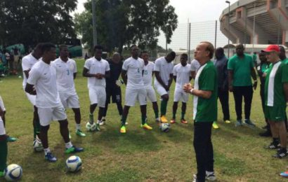 AFCON 2019: Super Eagles Vow to Win For Keshi