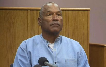 Former NFL footballer O.J. Simpson Granted Parole after 9 Years in Prison