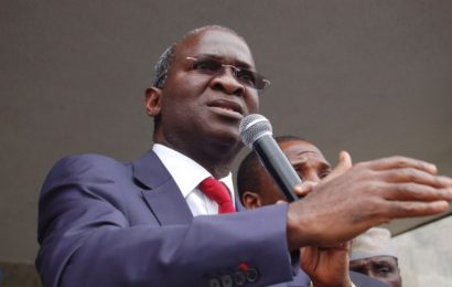 Fashola Inaugurates 20 Transformers, 20 Vehicles in Lagos