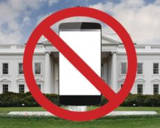 Trump Bans Use of Personal Mobile Phone in White House
