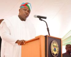 Ambode Meets Owners of Hotels, Restaurants, Night Clubs, Drinking Pubs over Tax Payment